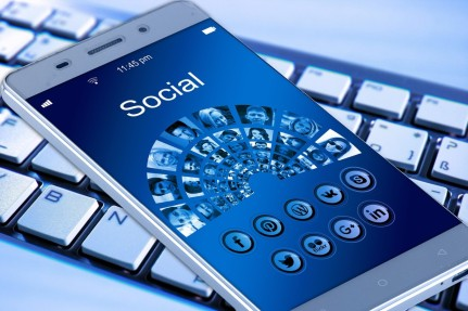 The increasing role of the social media in healthcare 6