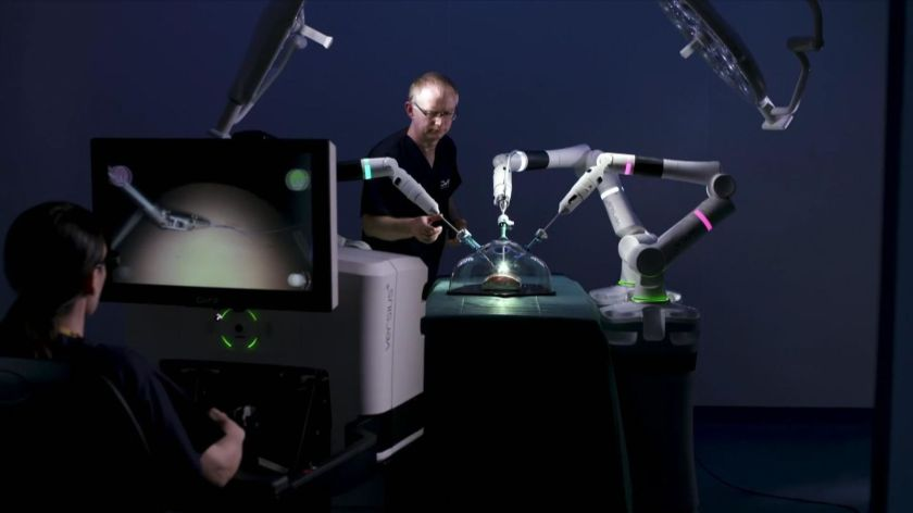 skynews-robots-robotics-in-operating-rooms_4775025