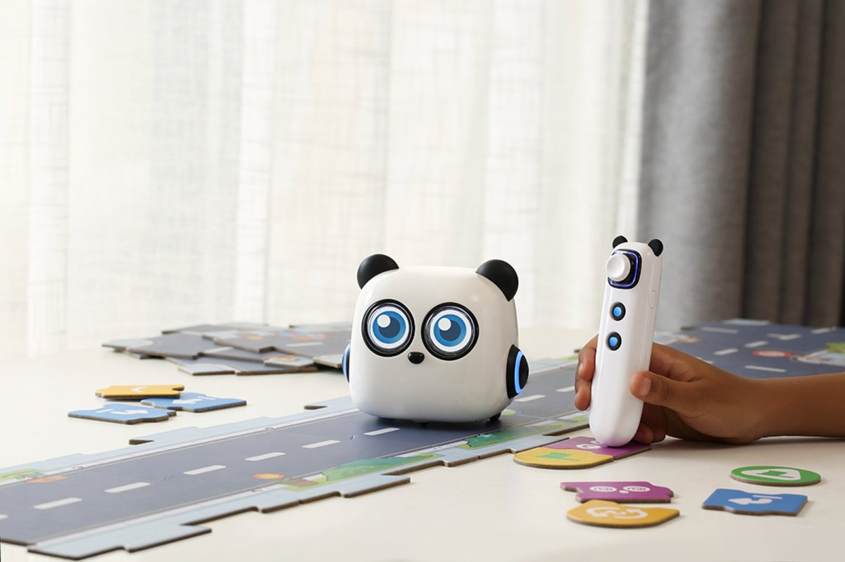 Screen-free coding for kids : mTiny robotreview